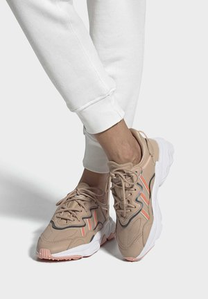 OZWEEGO SHOES - Sneakers - beige