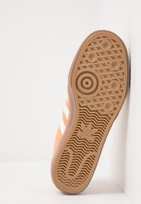 adidas Originals - ADI-EASE - Zapatillas - glow orange/white - 4