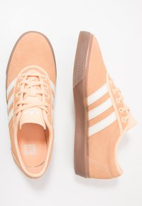 adidas Originals - ADI-EASE - Zapatillas - glow orange/white - 1
