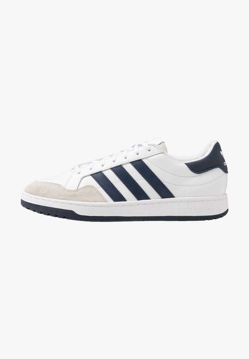 adidas Originals - TEAM COURT - Trainers - footwear white/collegiate navy/core black