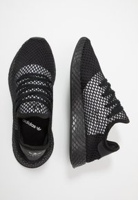 adidas Originals - DEERUPT RUNNER - Trainers - core black/silver metallic - 1