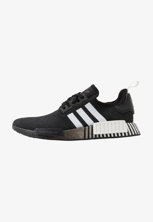 NMD R1 - Sneakersy niskie - core black/footwear white