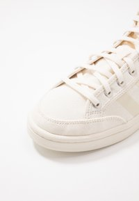 adidas Originals - AMERICANA DECON - Sneakers hoog - core white - 6