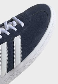 adidas Originals - JOGGER SHOES - Sneakers basse - blue - 7