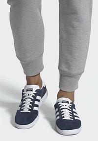 adidas Originals - JOGGER SHOES - Sneakers basse - blue - 0