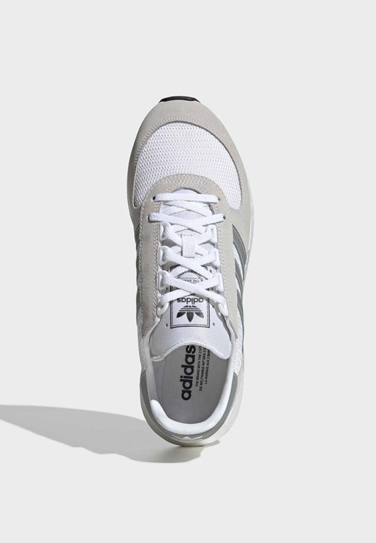 adidas Originals MARATHON TECH SHOES - Sneakersy niskie - white