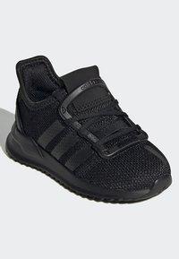 adidas Originals - PATH RUN SHOES - Trainers - black - 2