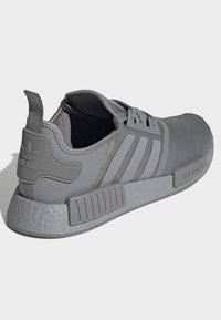 adidas Originals - NMD_R1 SHOES - Sneakers - grey