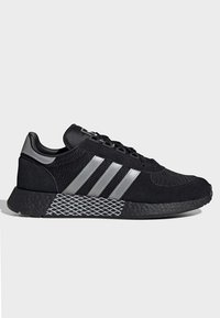 adidas Originals - MARATHON TECH SHOES - Sneakers basse - black - 6