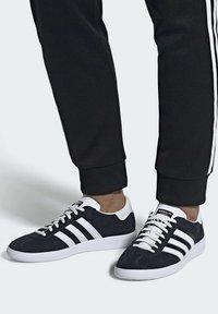 adidas Originals - JOGGER SHOES - Sneaker low - black - 0