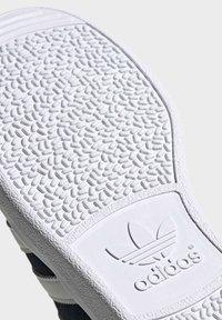 adidas Originals - JOGGER SHOES - Sneaker low - black - 8