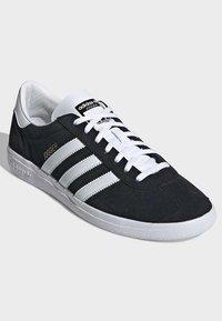 adidas Originals - JOGGER SHOES - Sneaker low - black - 3