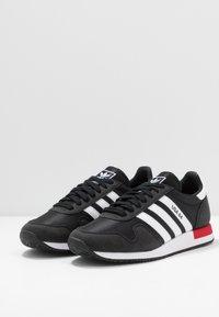 adidas Originals - USA 84 - Tenisky - core black/footwear white/scarlet - 2