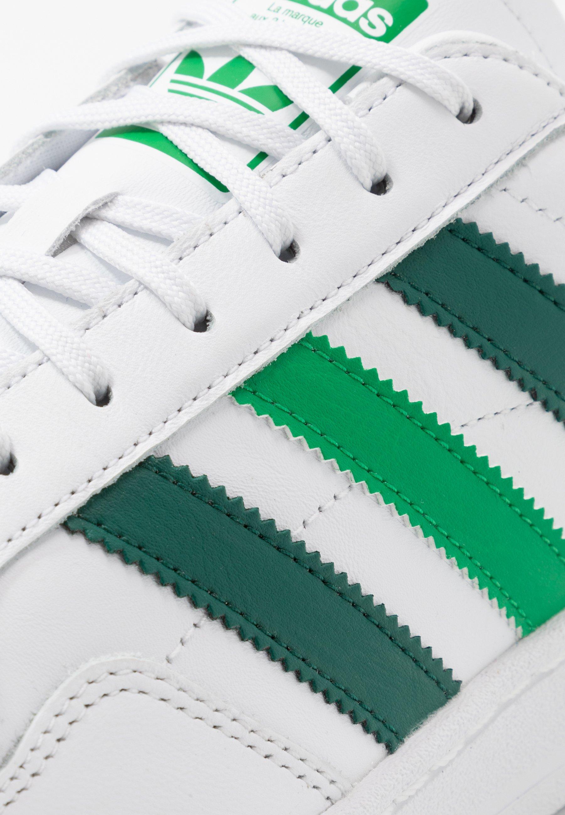 adidas Originals TEAM COURT - Sneakers basse - footwear white/collegiate green/green E61Pa7Fd
