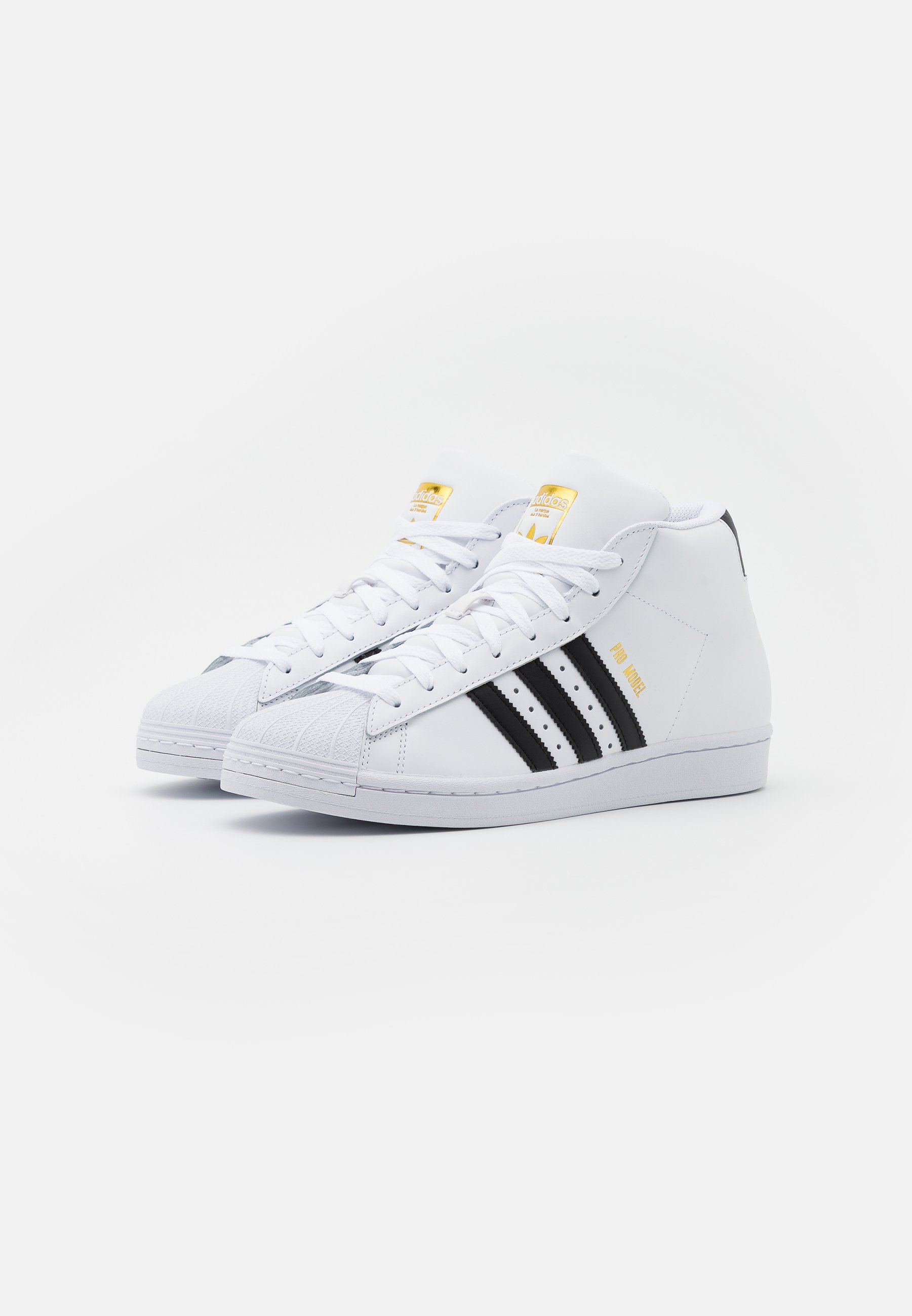 adidas Originals BASKETBALL INSPIRED SPORTS MID SHOES - Sneaker low - footwear white/core black/gold VB0YfI