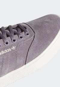 adidas Originals - 3MC SHOES - Joggesko - purple - 9