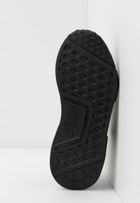 adidas Originals - NMD R1 - Trainers - core black - 4