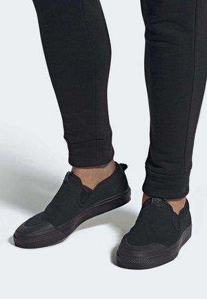 NIZZA SLIP-ON SHOES - Trainers - black