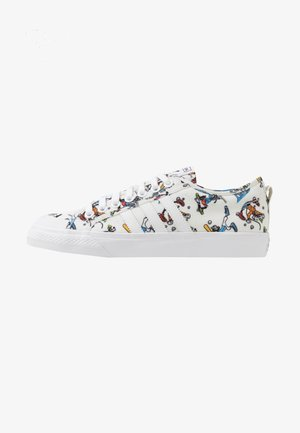 NIZZA X DISNEY SPORT GOOFY - Matalavartiset tennarit - footwear white/scarlet/core black