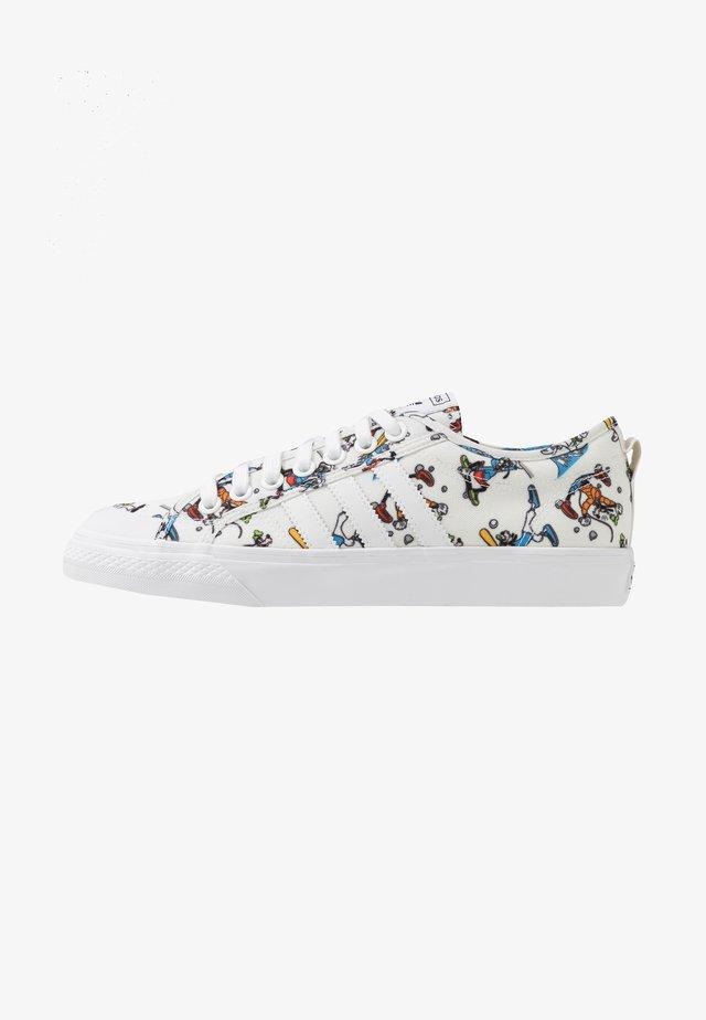 NIZZA X DISNEY SPORT GOOFY - Trainers - footwear white/scarlet/core black