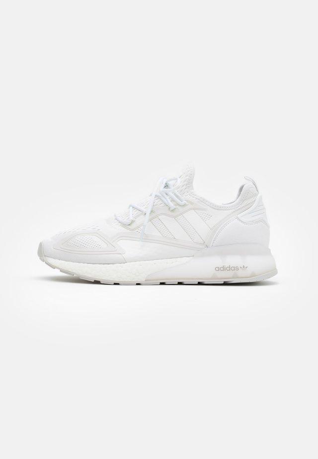 ZX 2K BOOST UNISEX - Sneaker low - footwear white/grey one