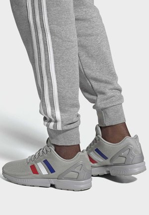 ZX FLUX SHOES - Trainers - grey