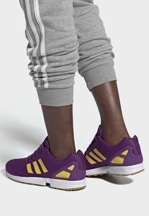ZX FLUX SHOES - Trainers - purple