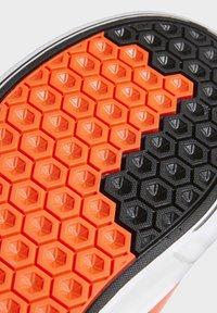 adidas Originals - SABALO SHOES - Baskets basses - orange - 8