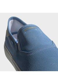 adidas Originals - 3MC SHOES - Sneakers basse - blue - 7