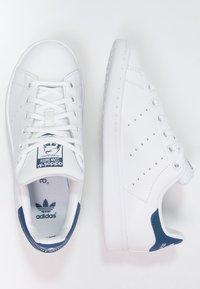 adidas Originals - STAN SMITH - Sneakers laag - blanc/bleu - 1