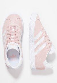 adidas Originals - GAZELLE C - Trainers - icepink/footwear whitet/gold metallic - 0