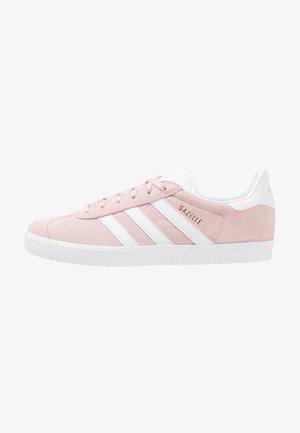 GAZELLE  - Sneakers - ice pink/footwear white/gold metallic