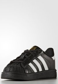 adidas Originals - SUPERSTAR  - Sneaker low - core black/footwear white - 2