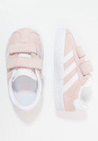 adidas Originals - GAZELLE - Sneakers laag - iced pink/footwear white - 0