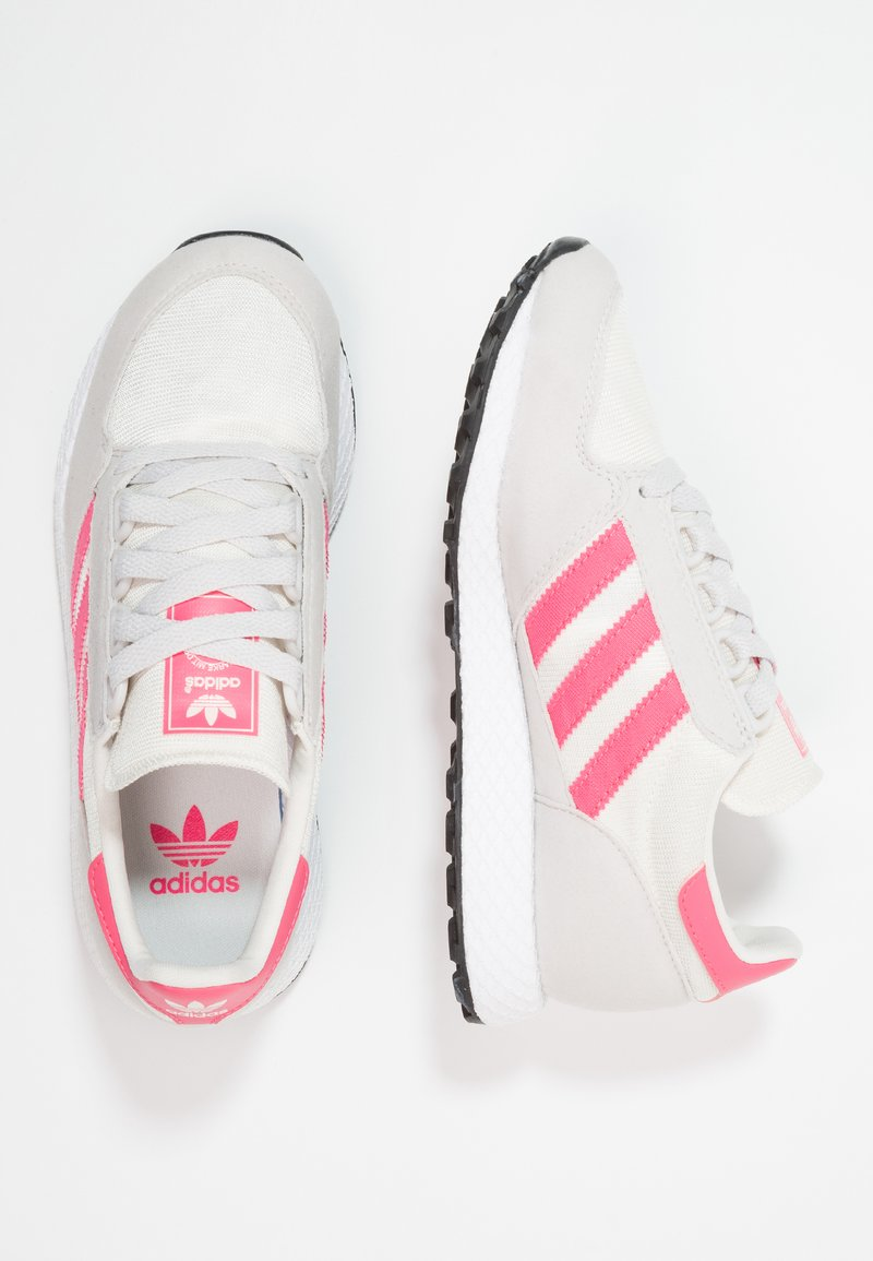 adidas Originals - FOREST GROVE  - Sneakers laag - chalk white/real pink