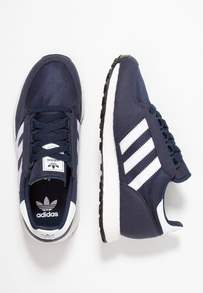 adidas Originals - FOREST GROVE  - Sneakers laag - collegiate navy/footwear white/core black