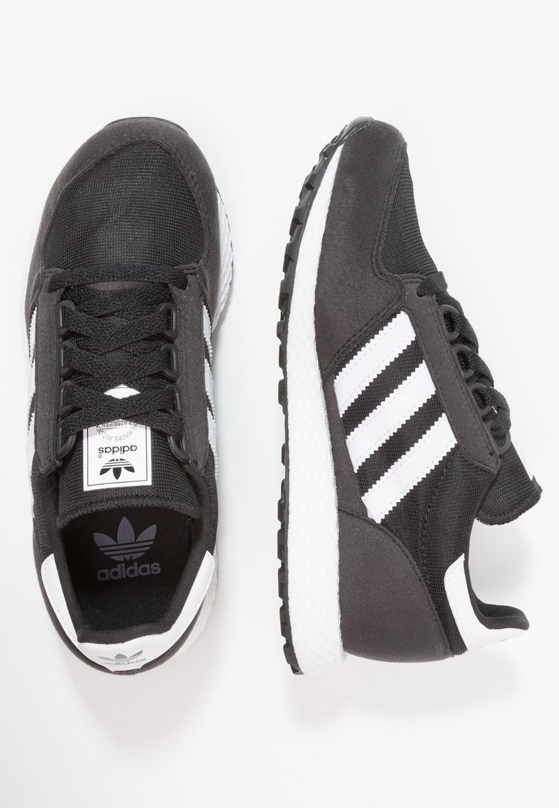 adidas Originals - FOREST GROVE  - Sneakers laag - core black/footwear white