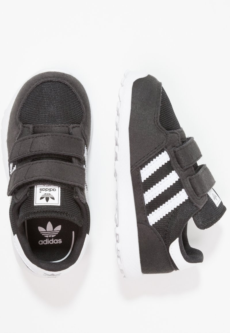 adidas Originals - FOREST GROVE - Baskets basses - core black/footwear white