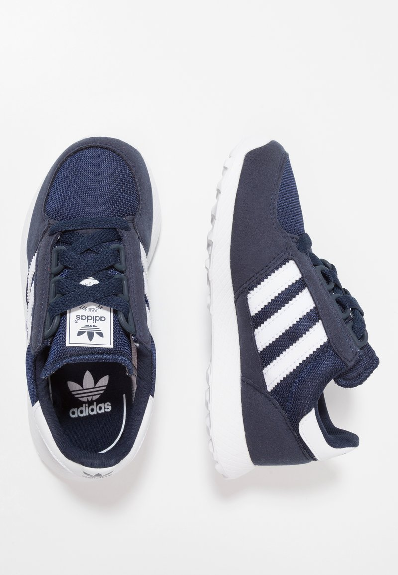 adidas Originals - FOREST GROVE - Joggesko - collegiate navy/footwear white