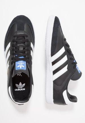 SAMBA OG  - Joggesko - core black/footwear white