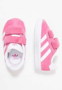 adidas Originals - GAZELLE - Baby shoes - semi solar pink/footwear white - 0