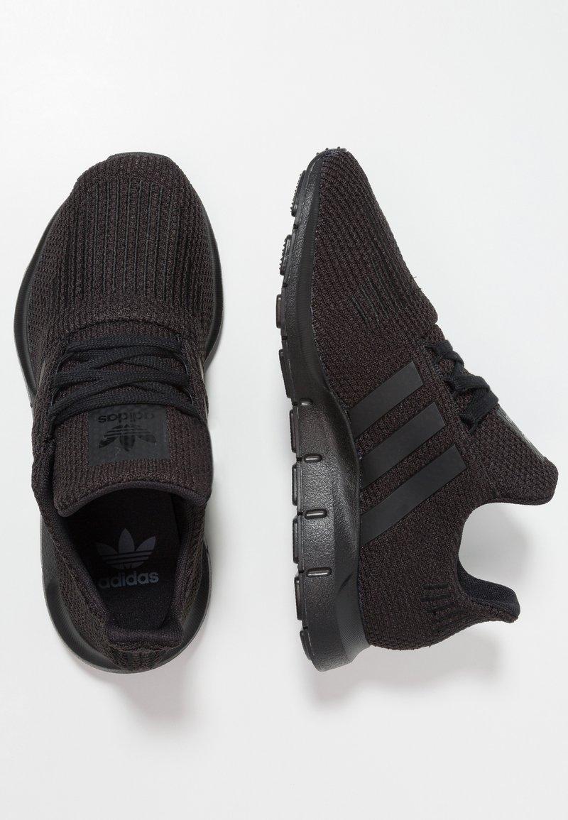 adidas Originals - SWIFT RUN - Sneakers - core black
