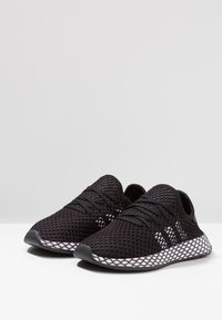 adidas Originals - DEERUPT RUNNER - Trainers - core black/footwear white/grey five - 3