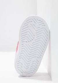 adidas Originals - SUPERSTAR CF - Sneaker low - footwear white/real pink - 5
