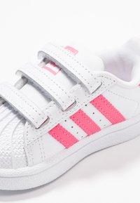 adidas Originals - SUPERSTAR CF - Sneaker low - footwear white/real pink - 2