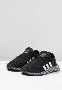 adidas Originals - DEERUPT RUNNER - Zapatillas - core black/footwear white/grey five - 3