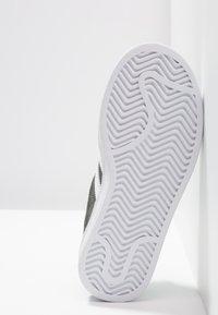 adidas Originals - CAMPUS - Tenisky - legend ivy/footwear white - 5