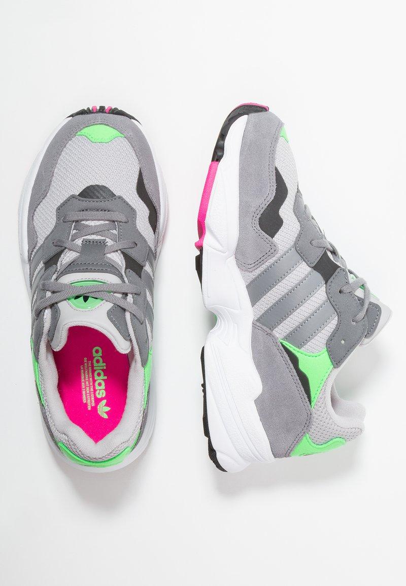 adidas Originals - YUNG-96 - Trainers - grey two/grey heather/shock pink