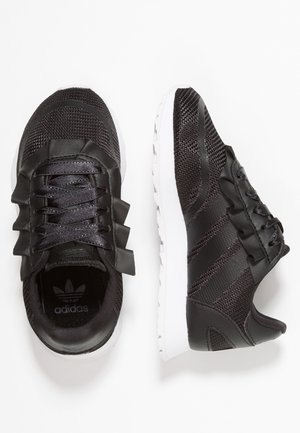 N-5923 - Trainers - core black/carbon
