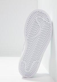 adidas Originals - SUPERSTAR - Zapatillas - footwear white - 5